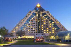 מלון רפלס דובאי