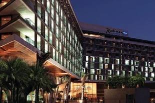 מלון רדיסון בלו